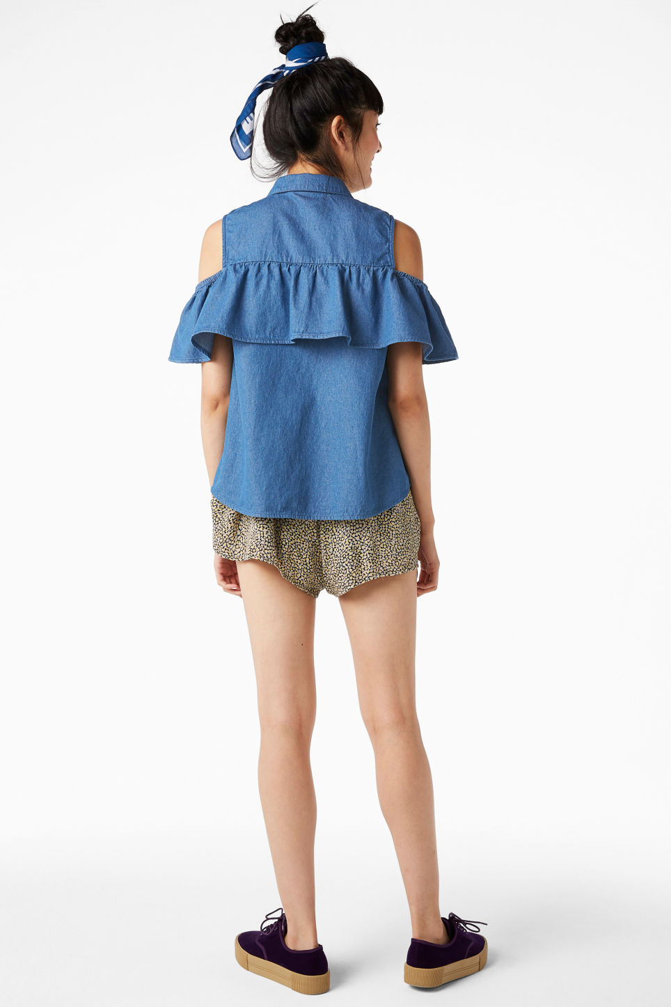 Model back image of Monki cold shoulder ruffle blouse in blue