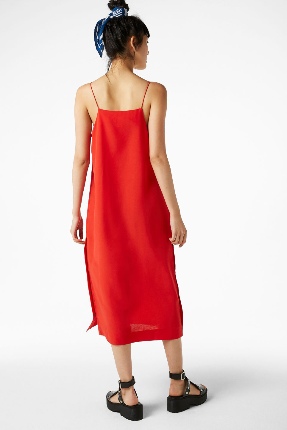 Model back image of Monki long studded dress in red