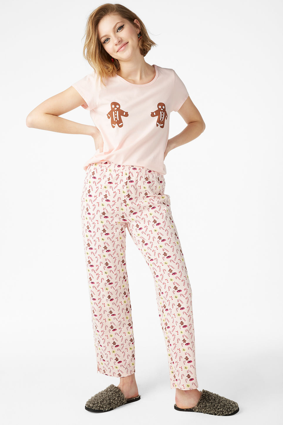 Model front image of Monki matching pyjamas in pink