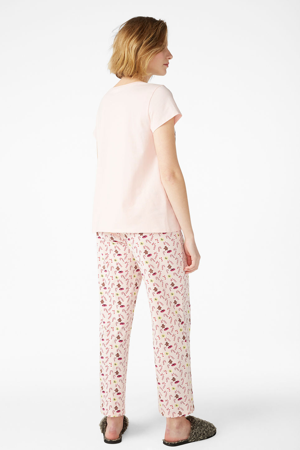 Model back image of Monki matching pyjamas in pink
