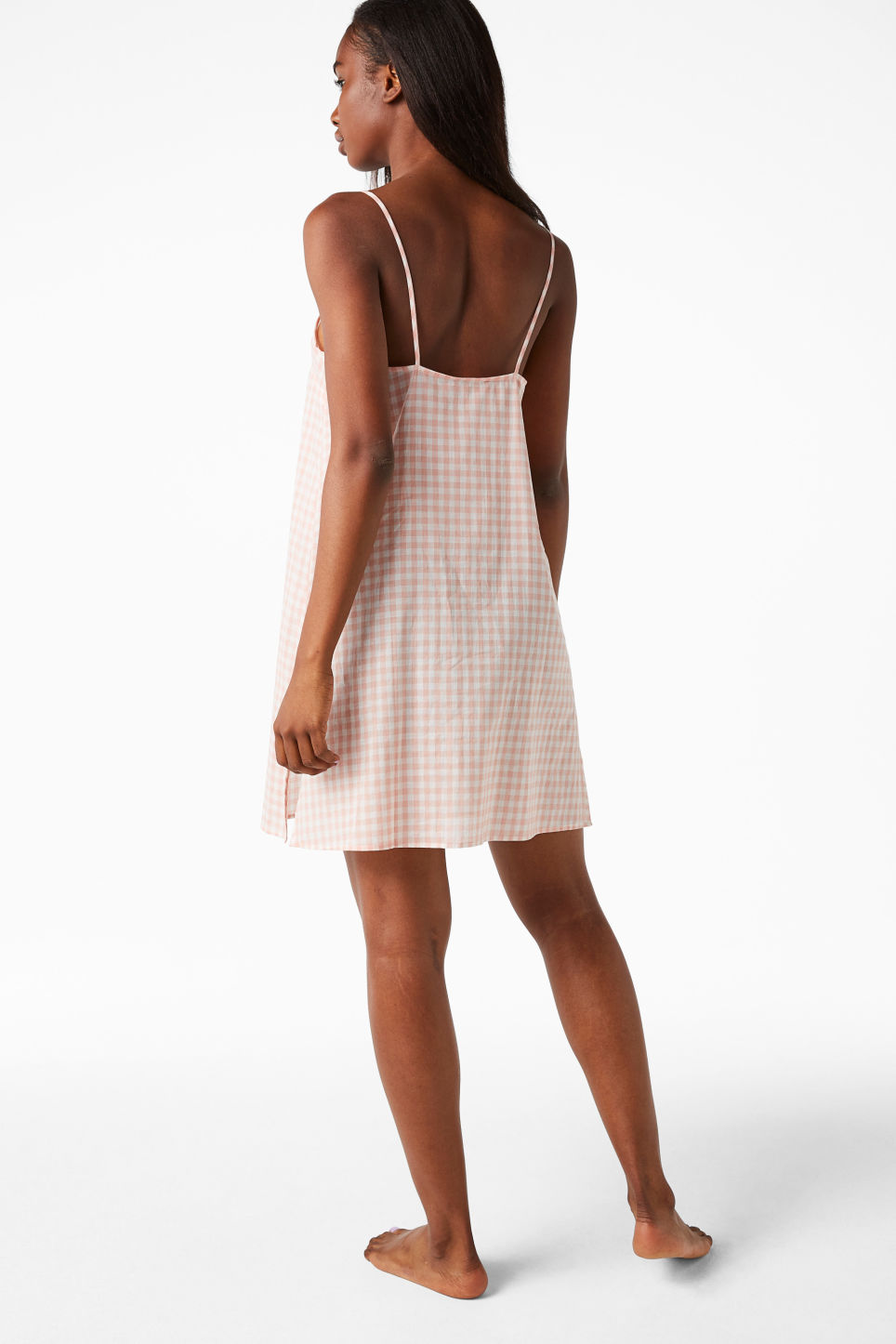 Model side image of Monki checkered nighty slip in pink