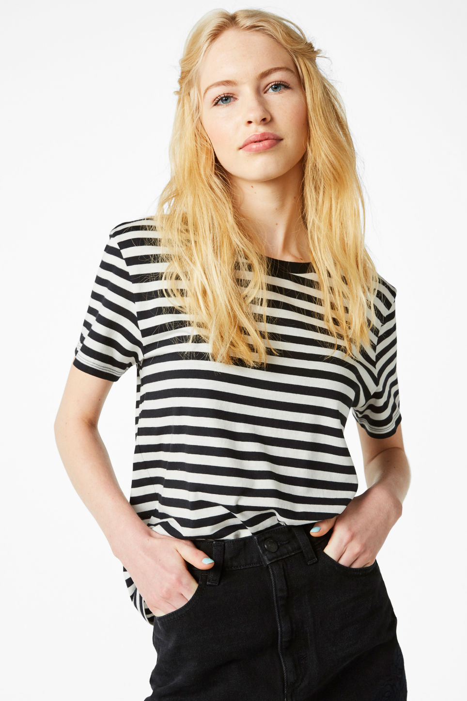 Model front image of Monki soft tee in black