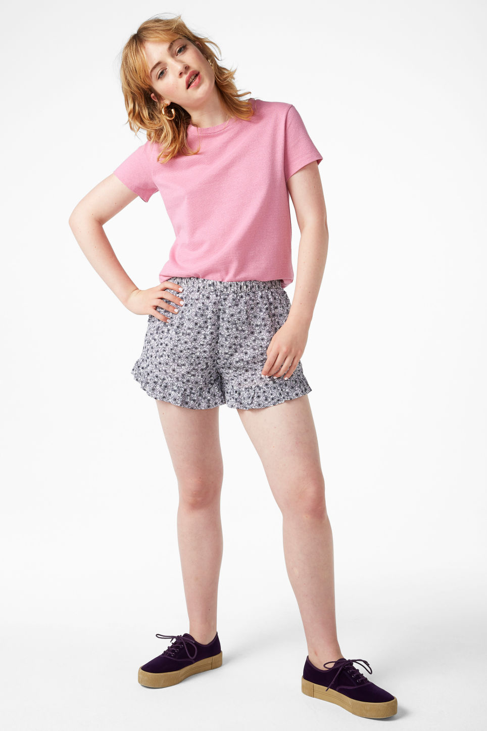 Model front image of Monki glitter cotton tee in pink