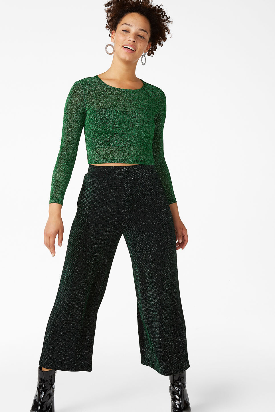 Model front image of Monki wide swing trousers in black