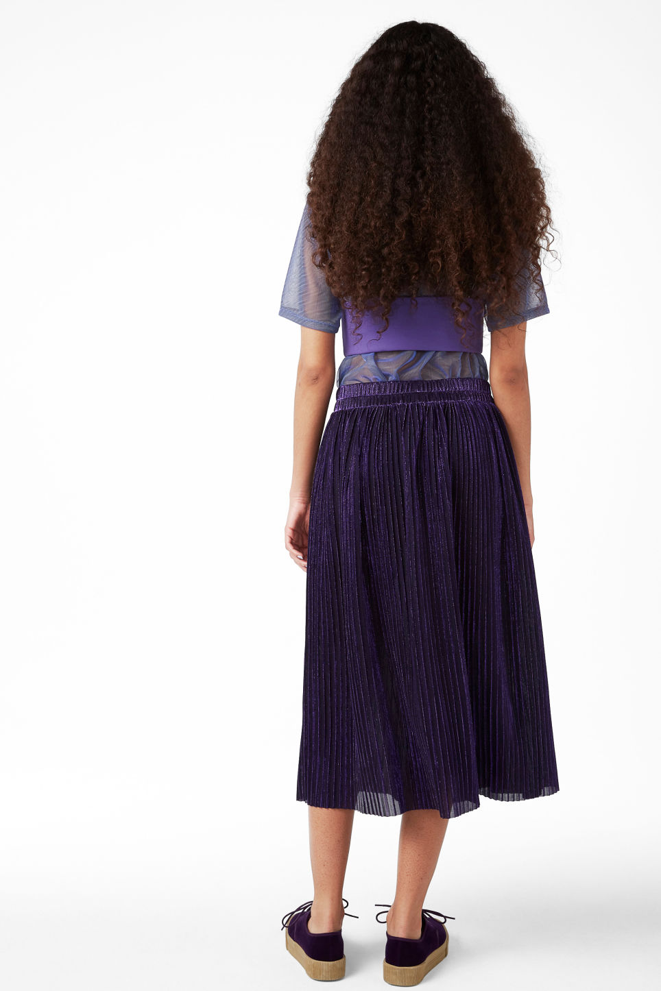Model back image of Monki bra top with straps in purple