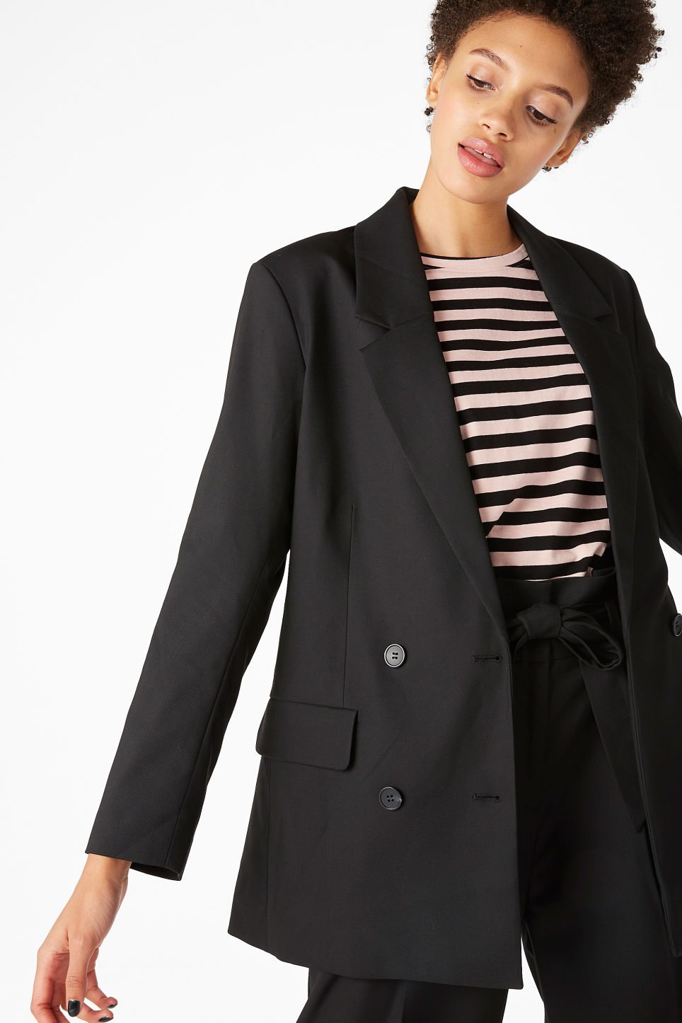 Model front image of Monki double-breasted blazer in black
