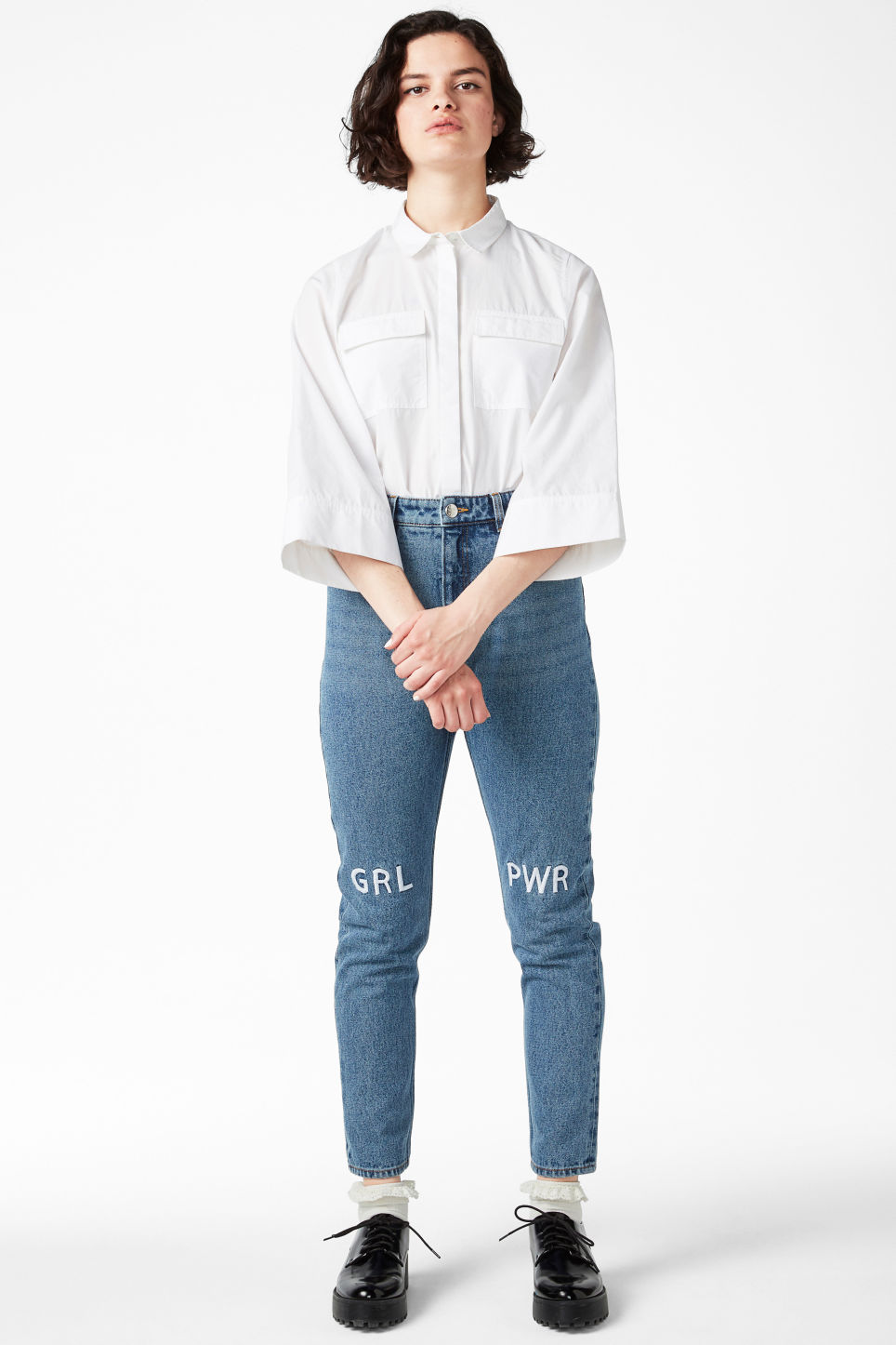 Model front image of Monki kimomo statement jeans in blue