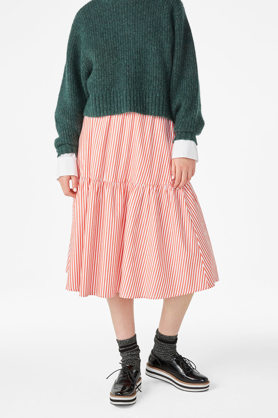 Model front image of Monki wide ruffled skirt in orange