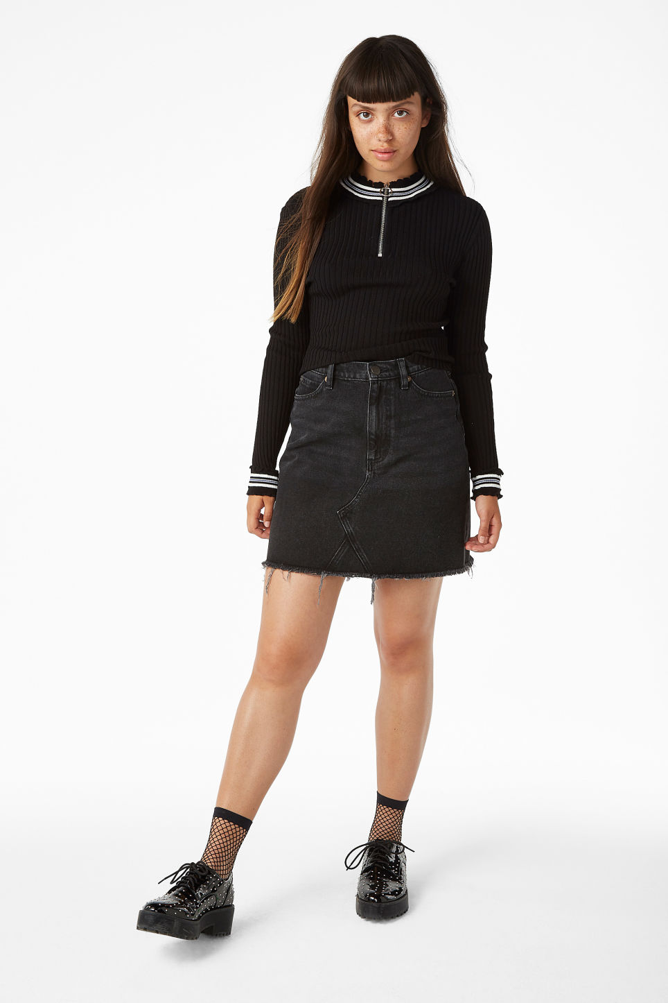 Model front image of Monki ribbed zip neck sweater in black