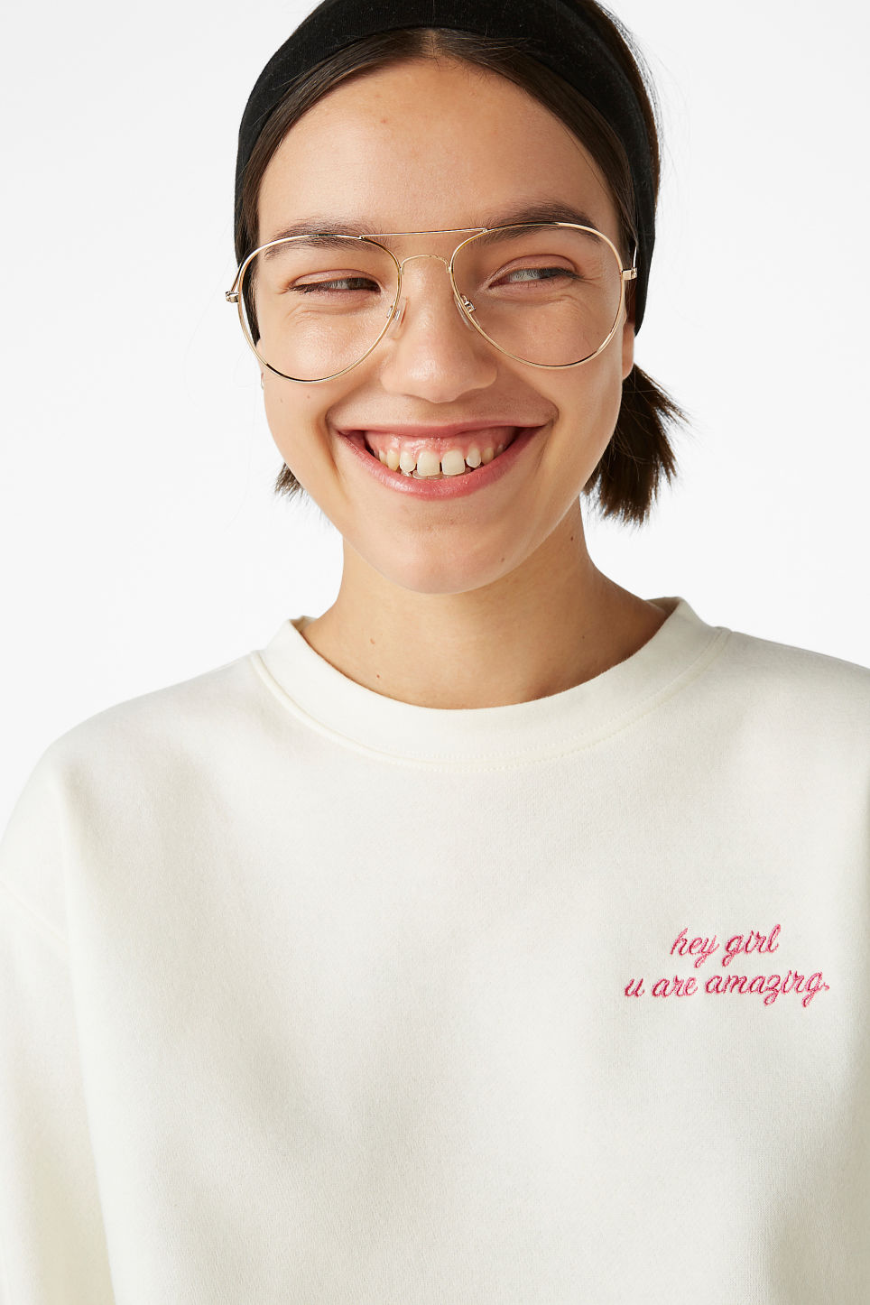 Model front image of Monki soft sweat  in white