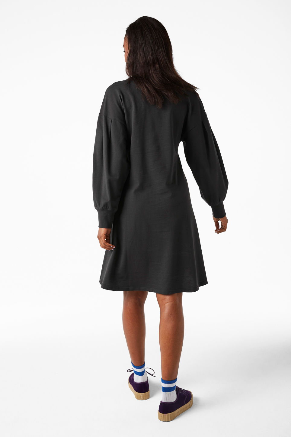 Model back image of Monki puff-sleeved sweater dress in grey