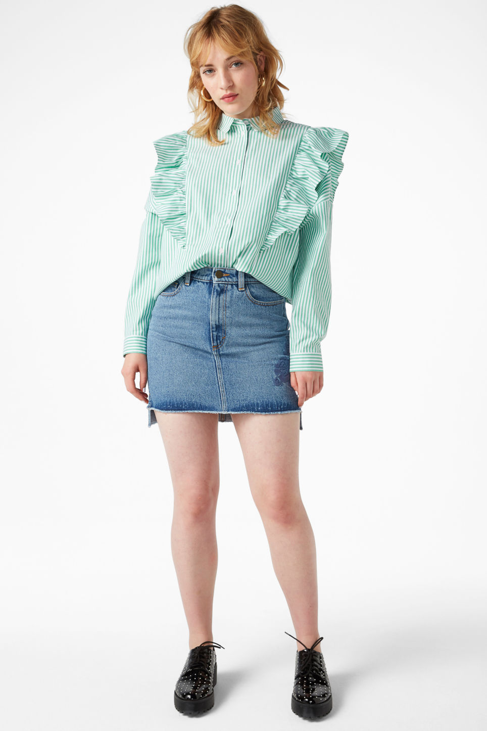 Model front image of Monki ruffle button up shirt in green