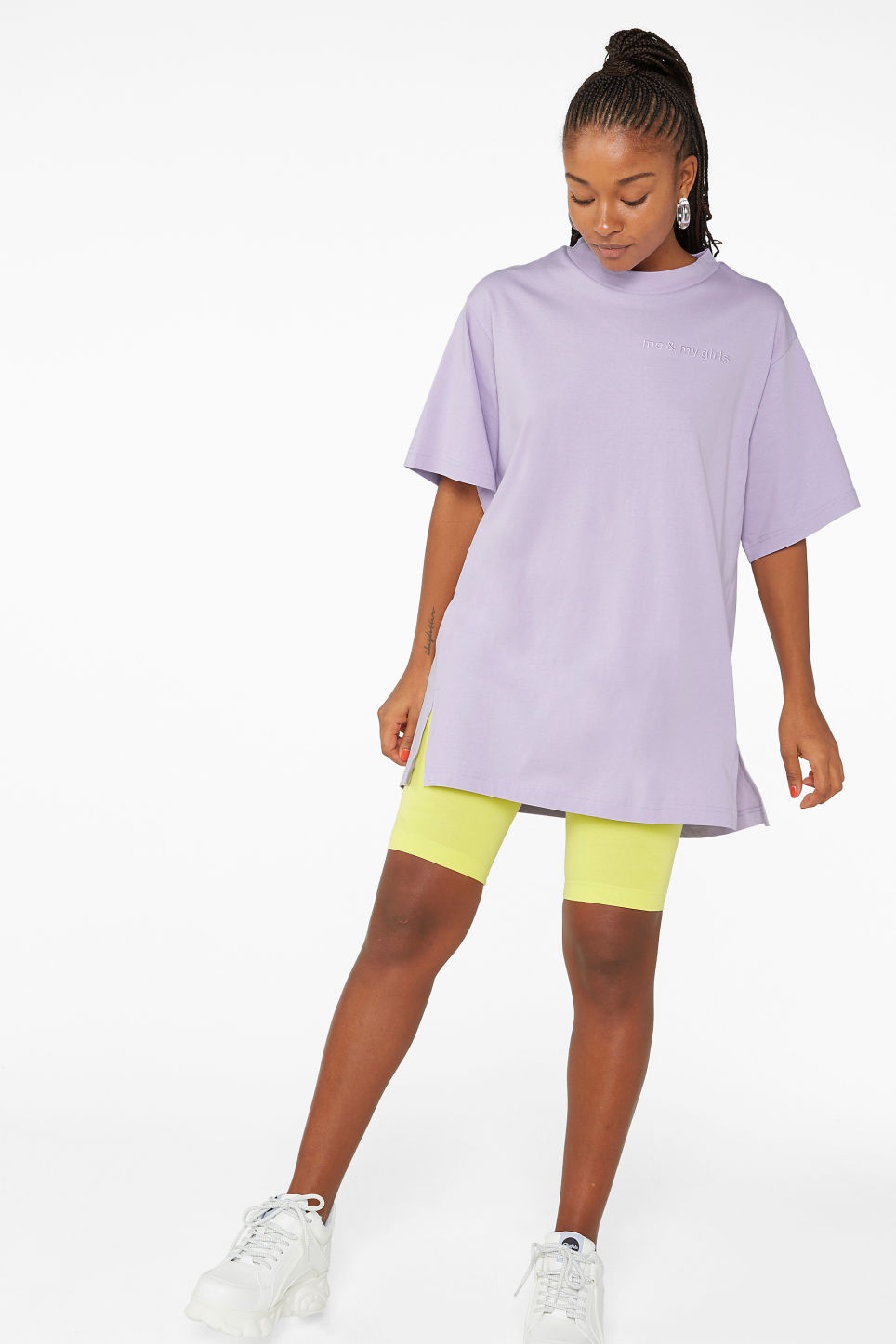 Model front image of Monki oversized cotton tee in purple