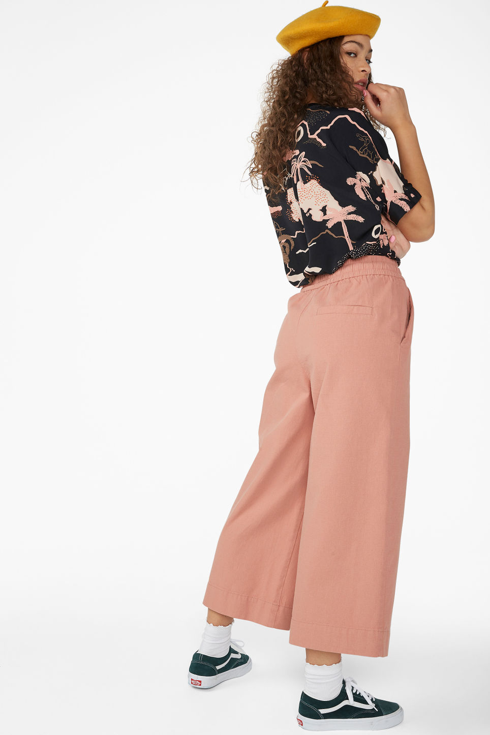 Model back image of Monki wide leg canvas trousers in pink