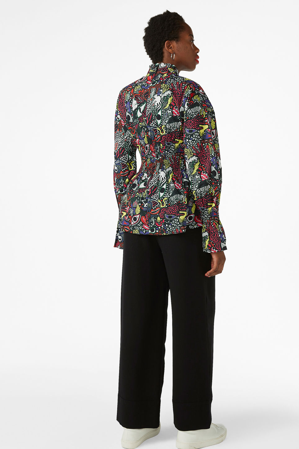 Model back image of Monki smocked print blouse in black