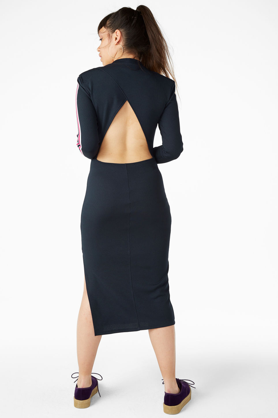 Model back image of Monki long dress with cutout back detail in blue