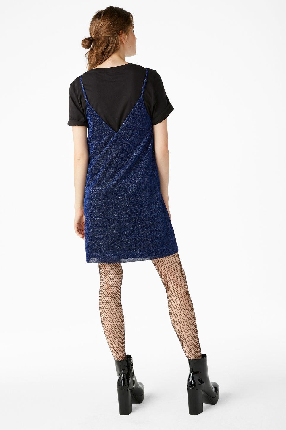 Model back image of Monki slip dress in black