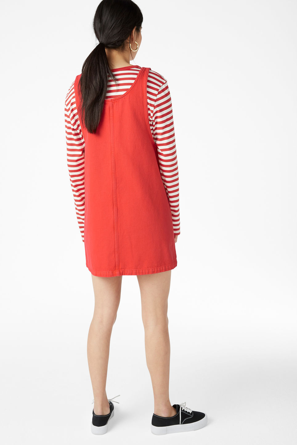 Model back image of Monki denim dress in red
