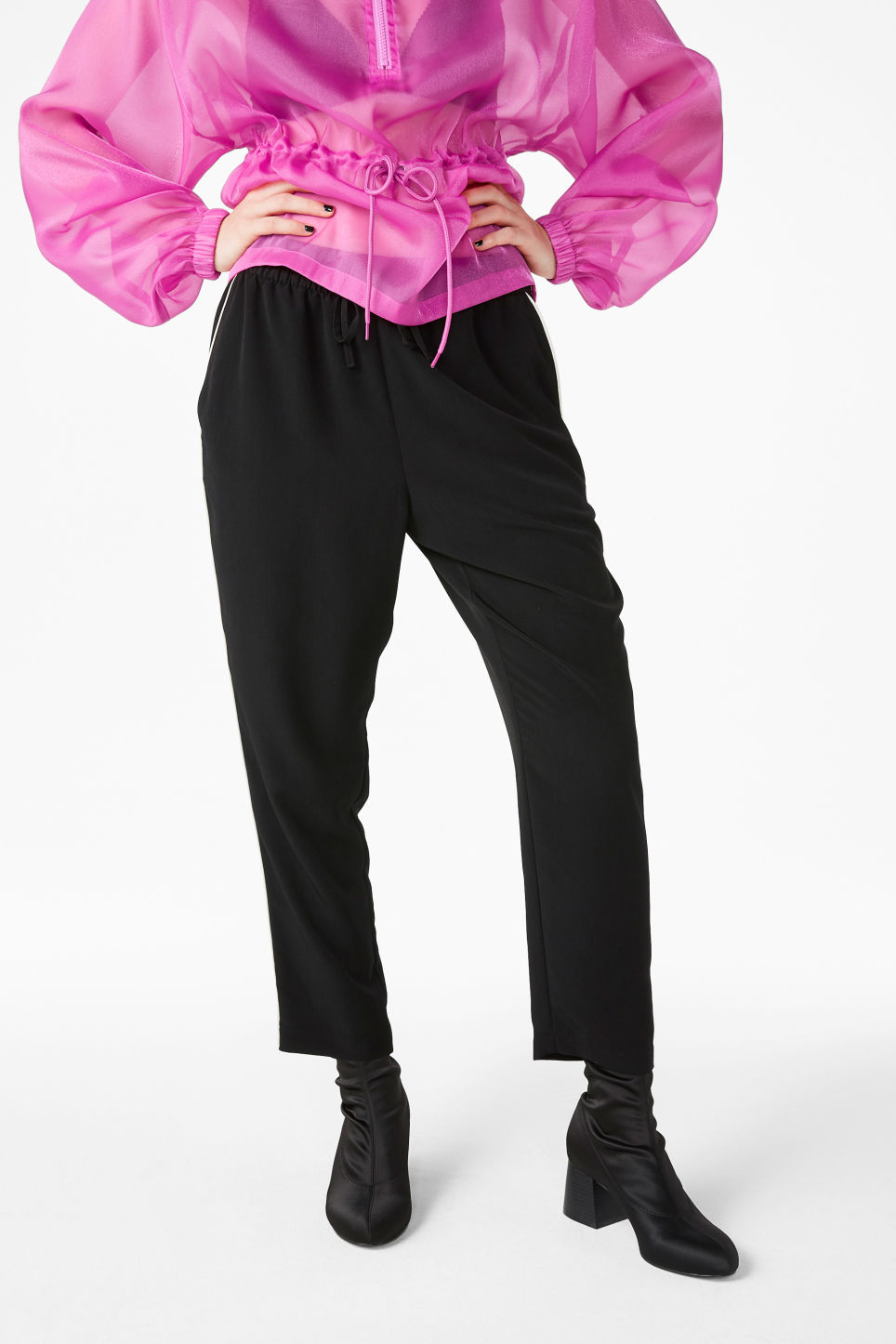 Model front image of Monki cropped trousers in black