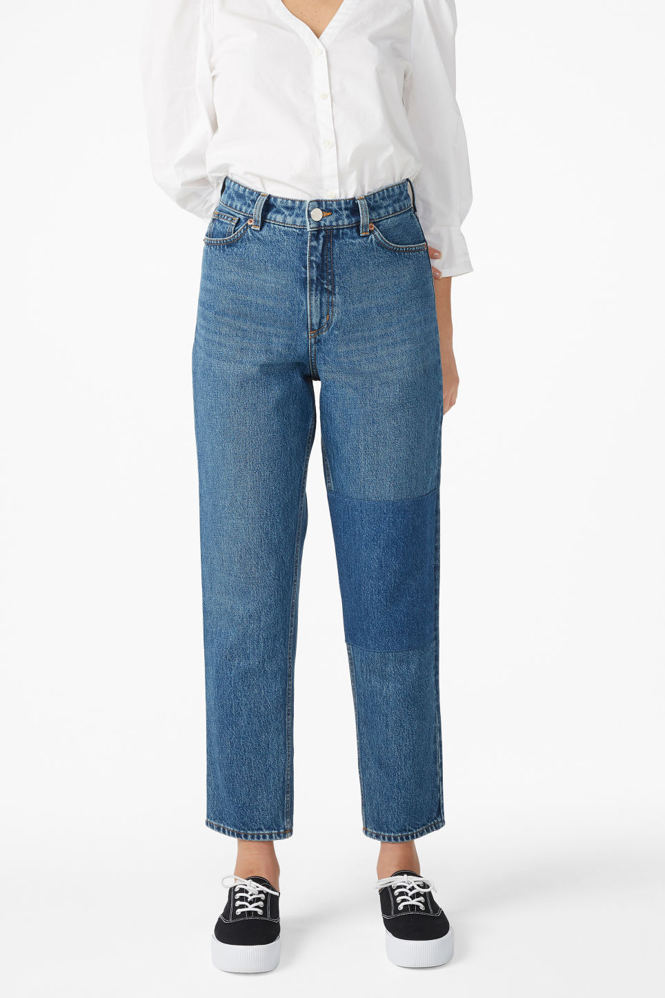 Model front image of Monki taiki jeans with knee patch in blue