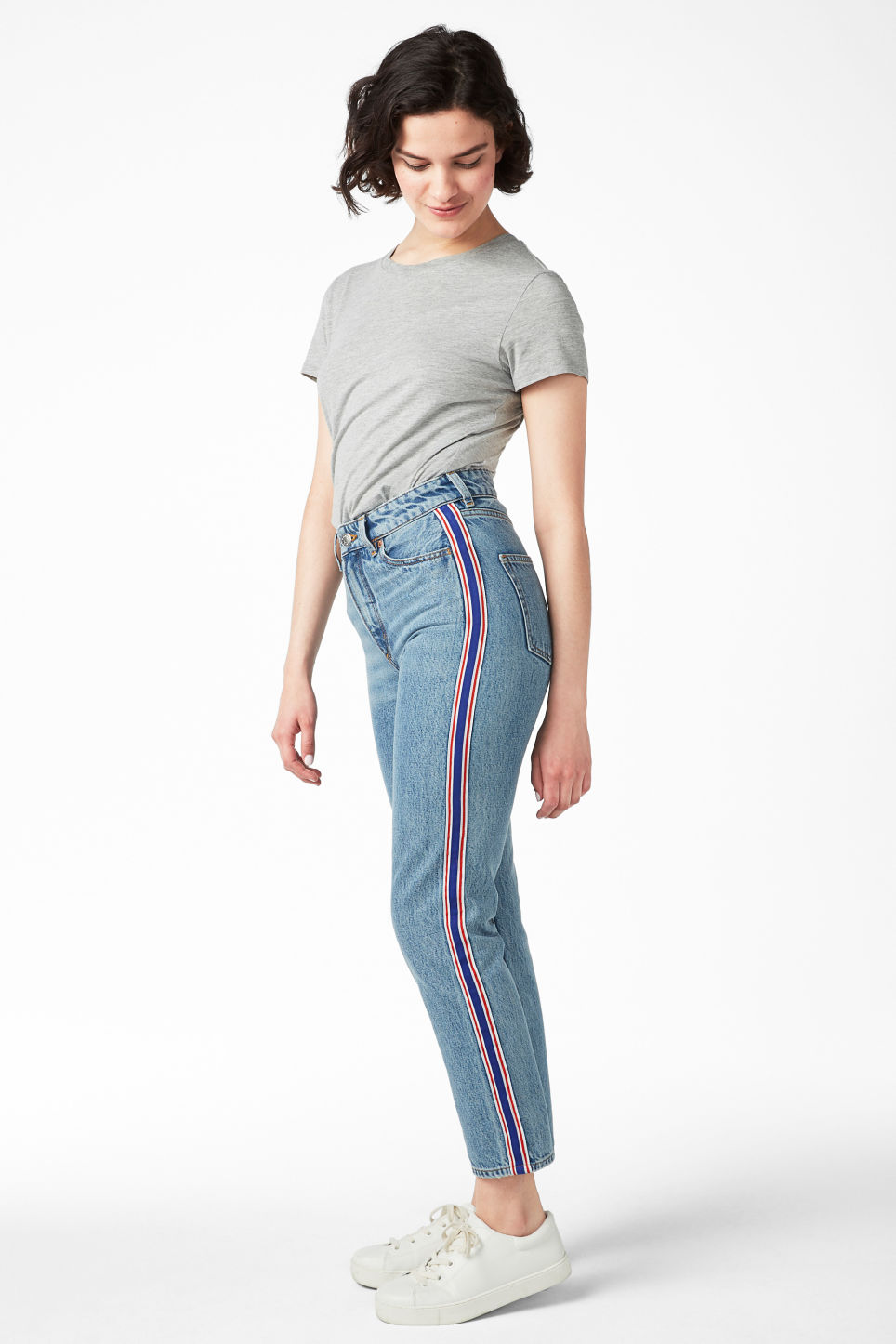 Model front image of Monki moluna sporty stripe in blue