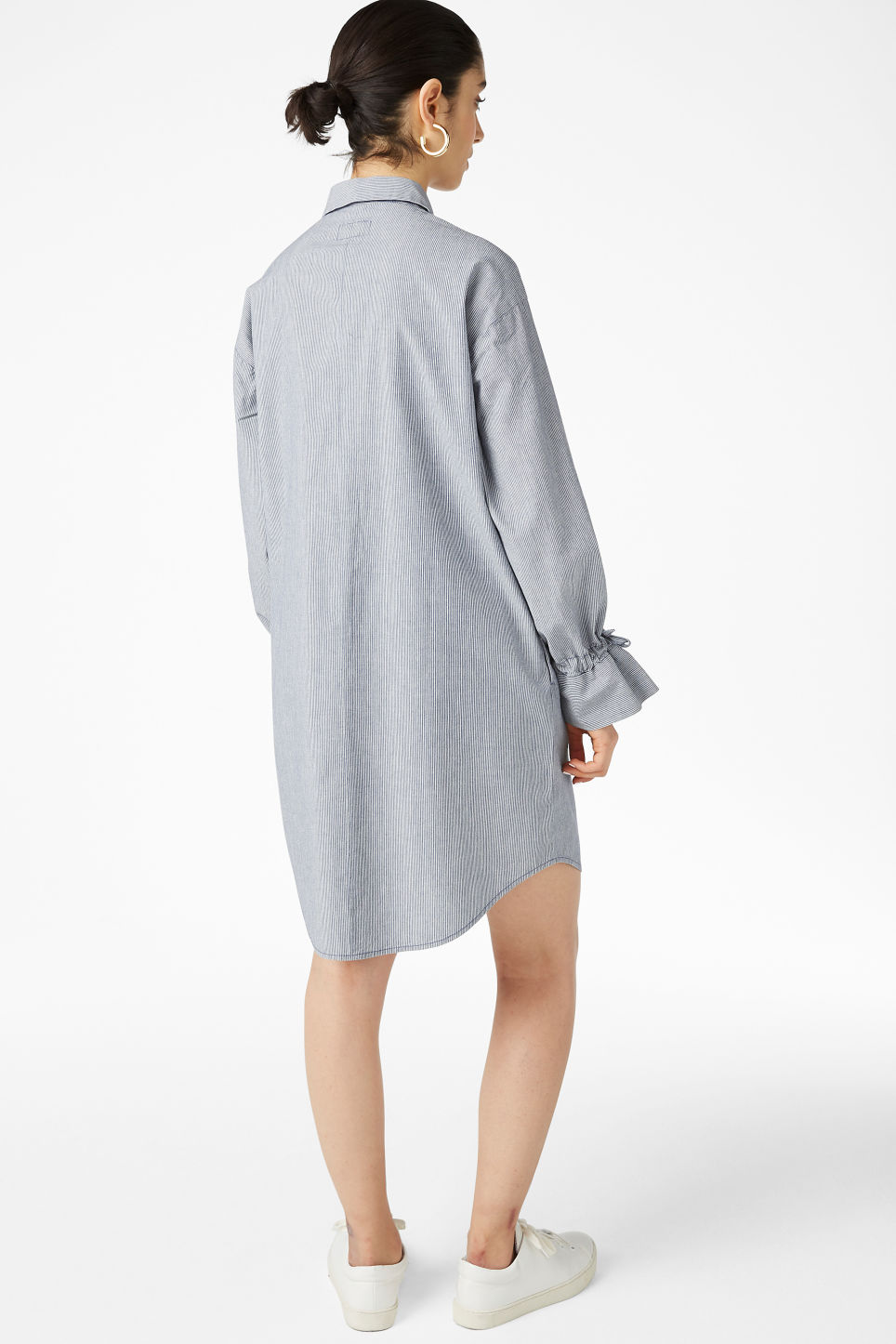 Model back image of Monki shirt dress in blue