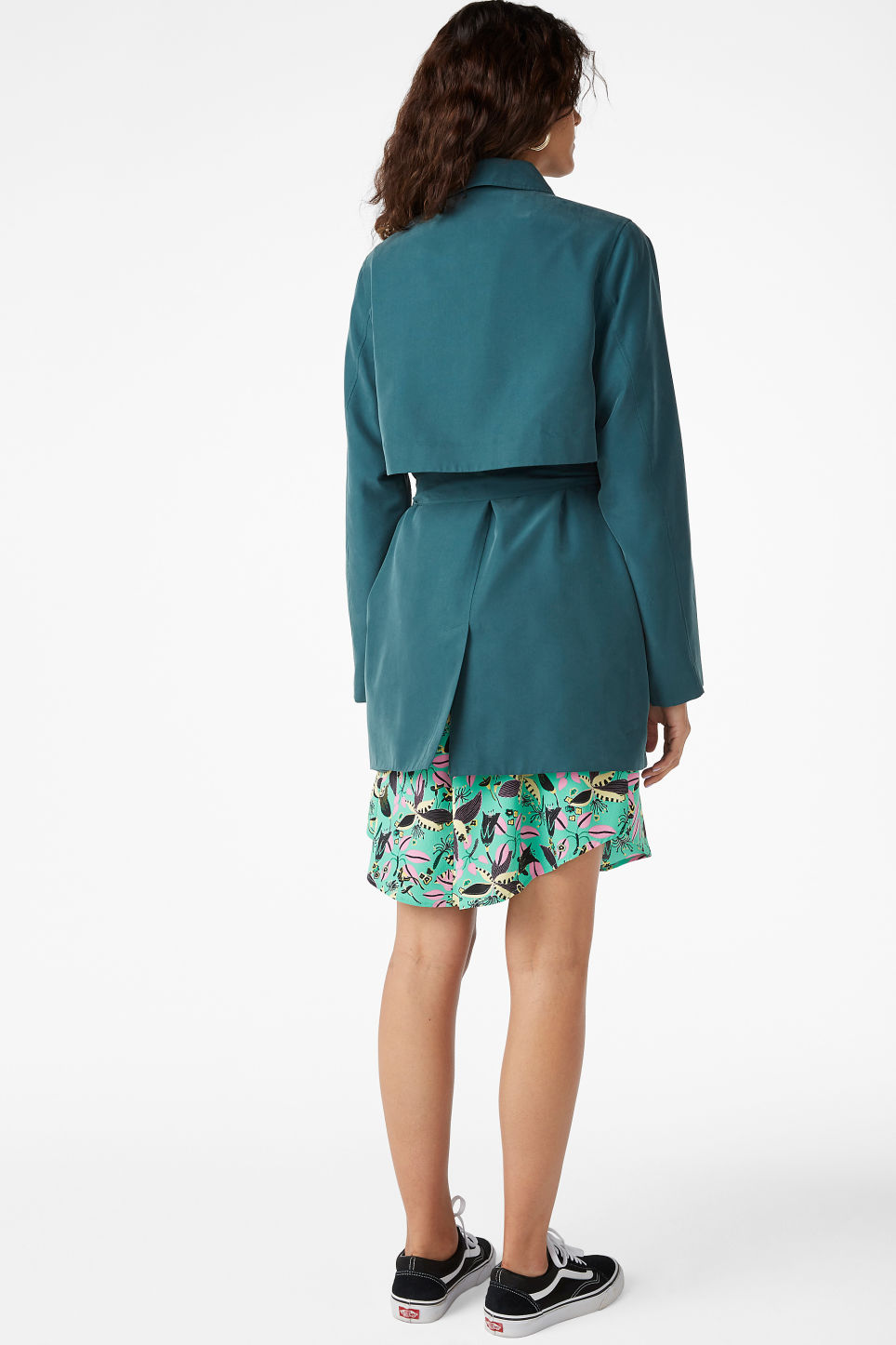 Model back image of Monki soft trench coat in green