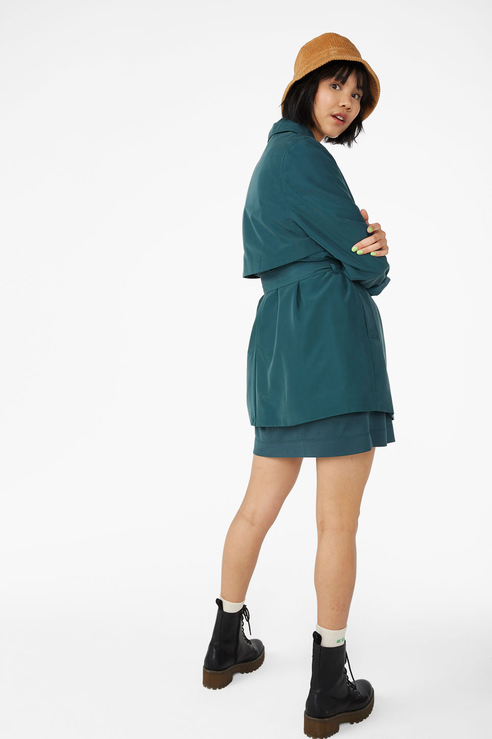 Model back image of Monki soft belted trench coat in green