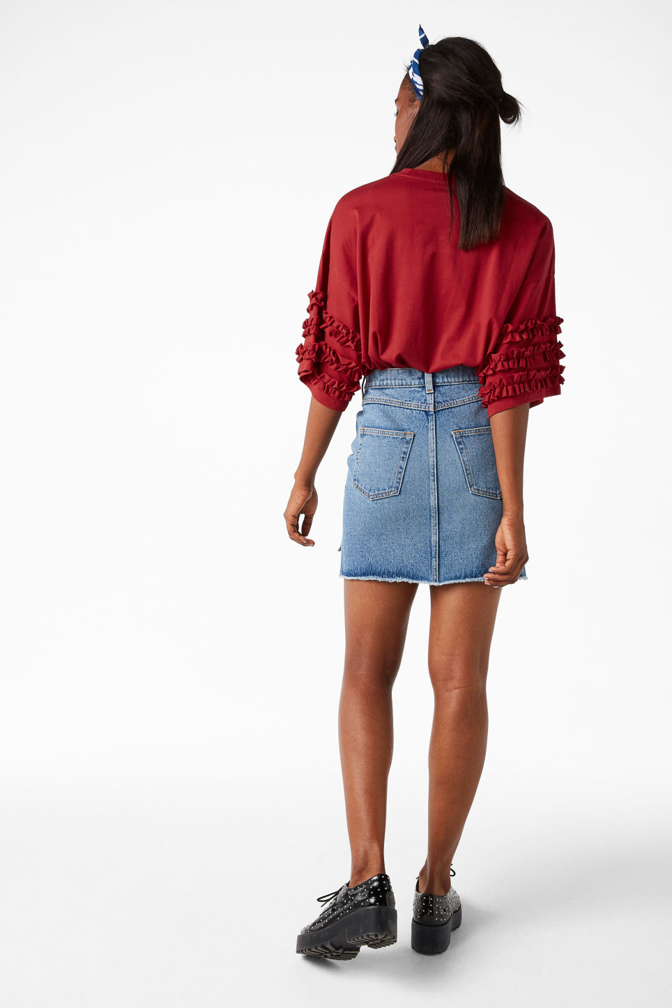 Model back image of Monki t-shirt with ruffle detail in red