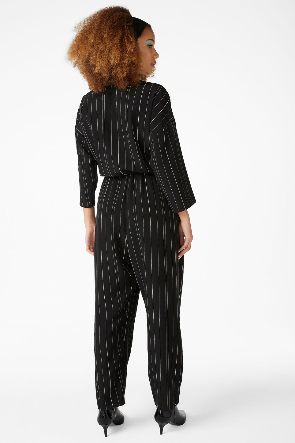 Model back image of Monki wide fitting jumpsuit in black