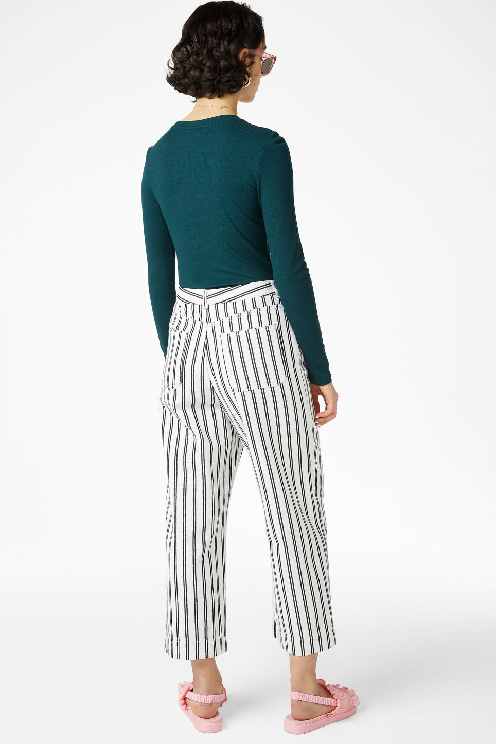 Model back image of Monki wide trousers in white