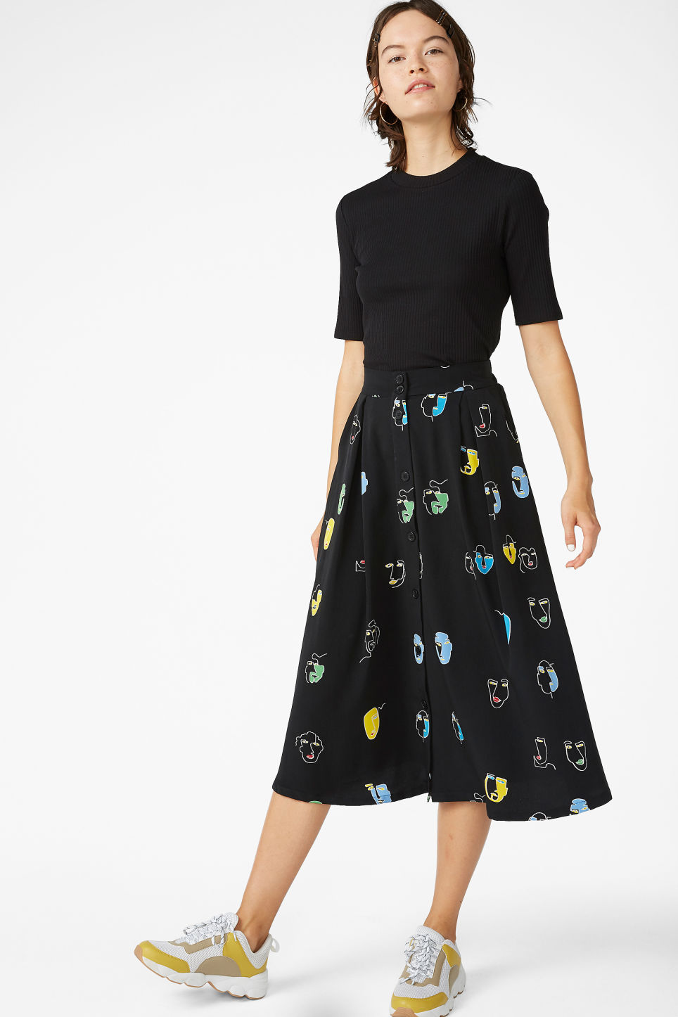 Model front image of Monki midi skirt in black