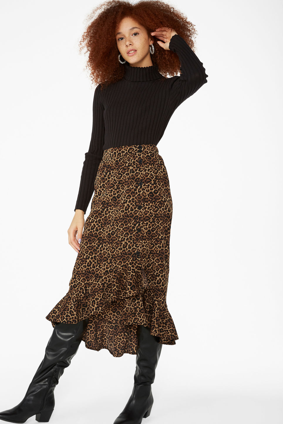 Model front image of Monki buttoned flounce skirt in yellow