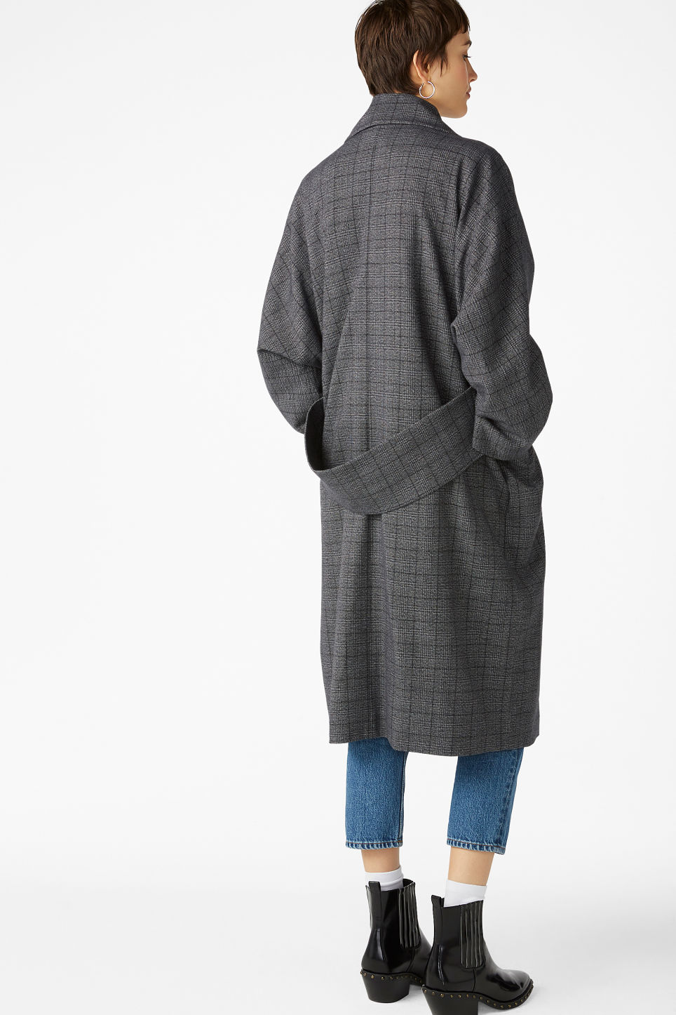 Model back image of Monki double-breasted coat in grey