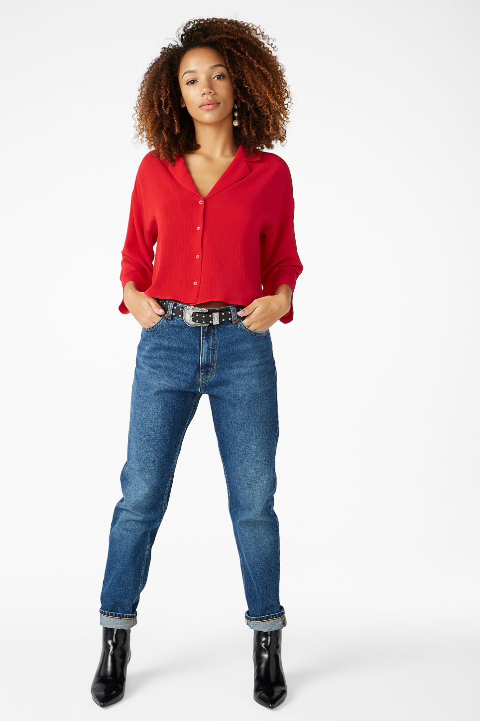 Model front image of Monki flowy blouse in red