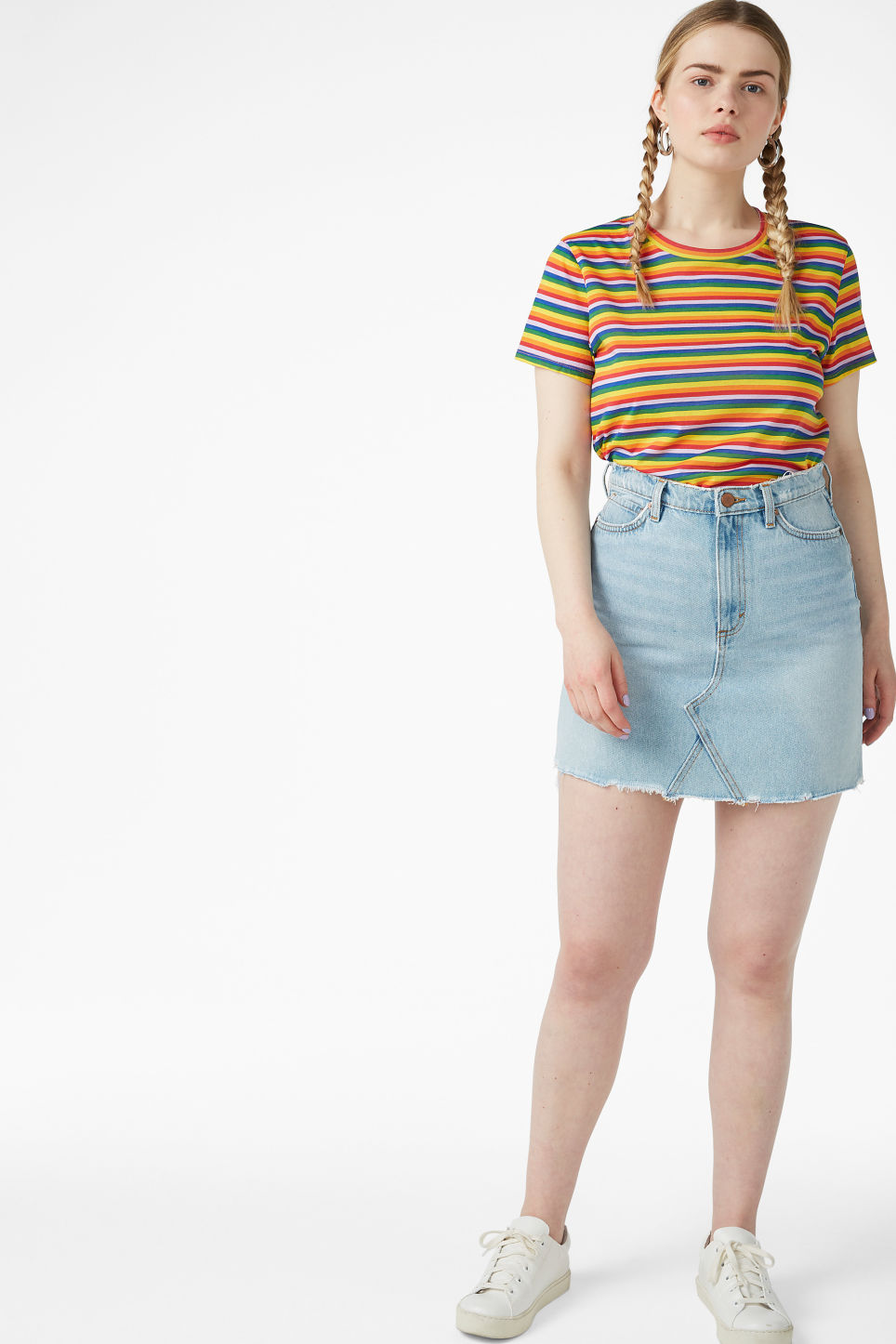 Model side image of Monki cropped tee in red