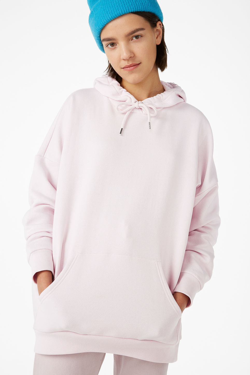 Model front image of Monki oversized hoodie in pink