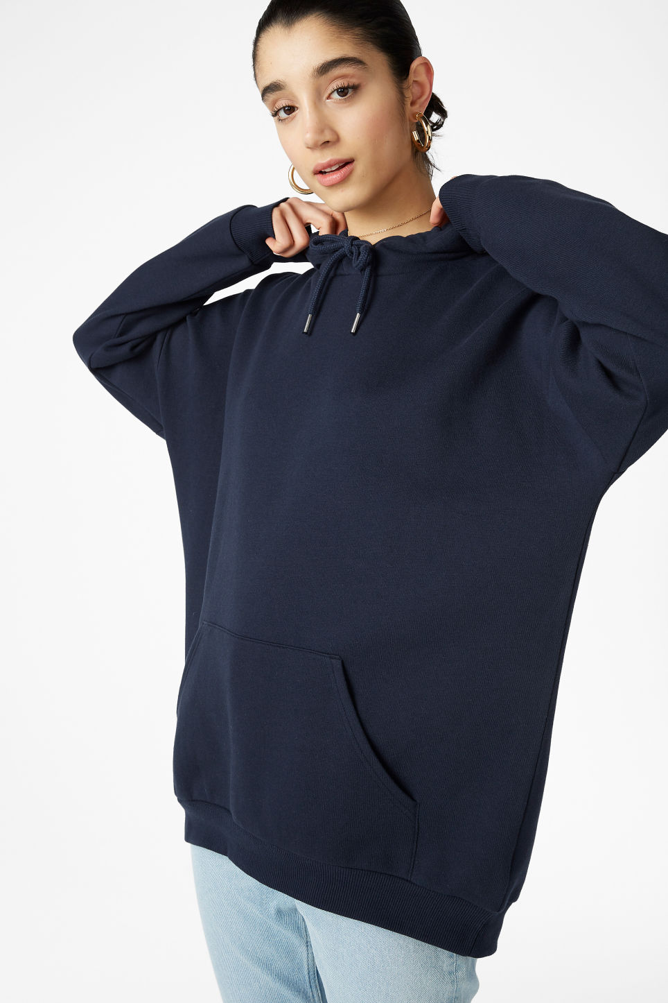 Model front image of Monki oversized hoodie in blue