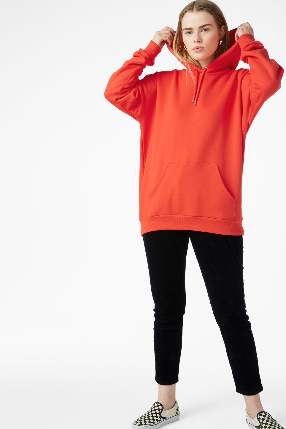 Model front image of Monki oversized hoodie in red
