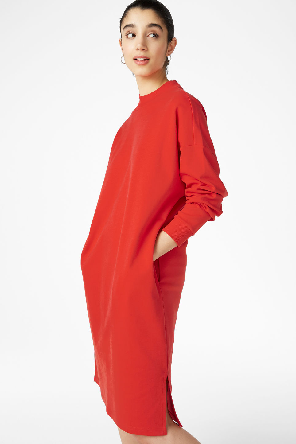 Model front image of Monki oversize sweater dress in red