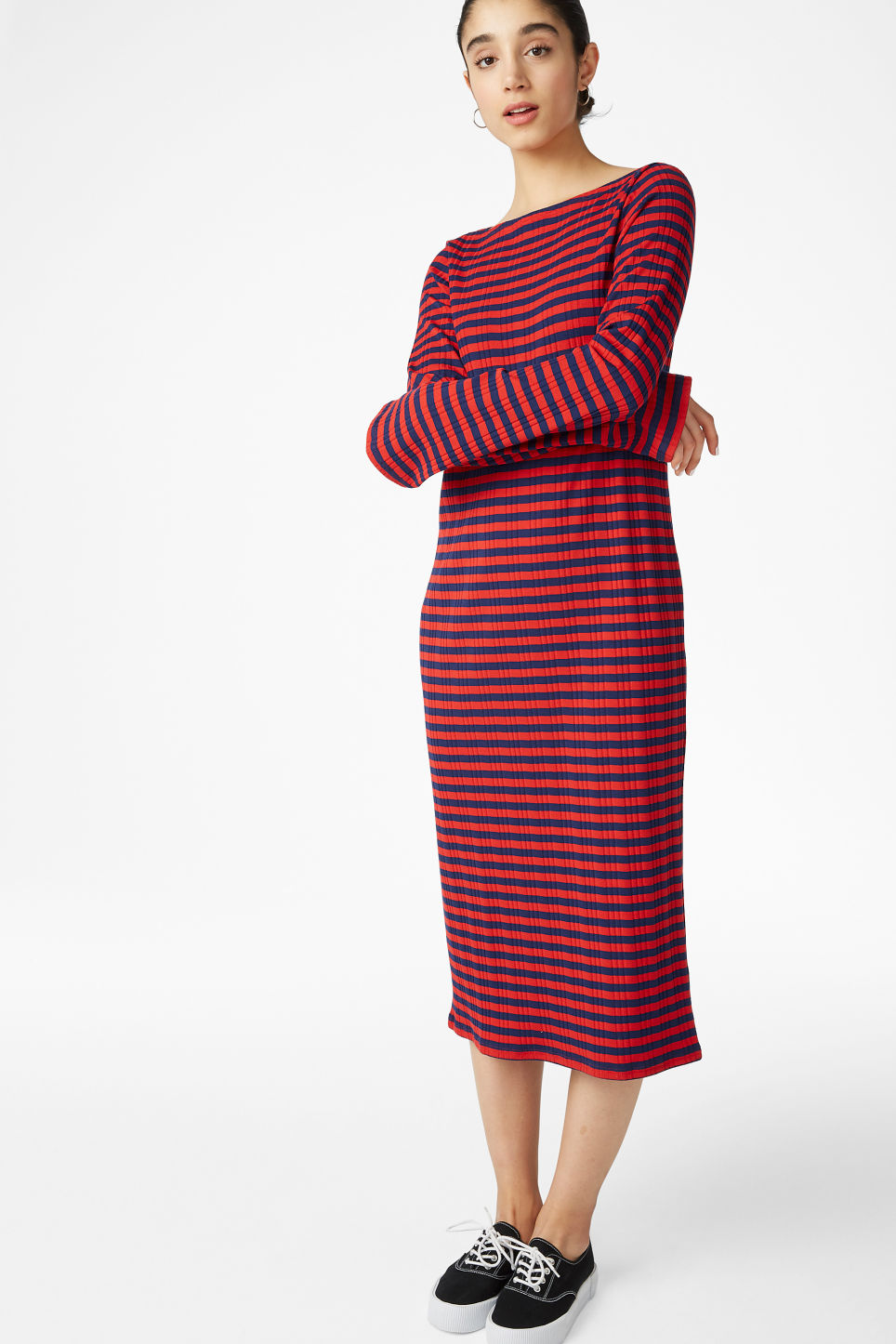 Model front image of Monki ribbed long-sleeved dress in red