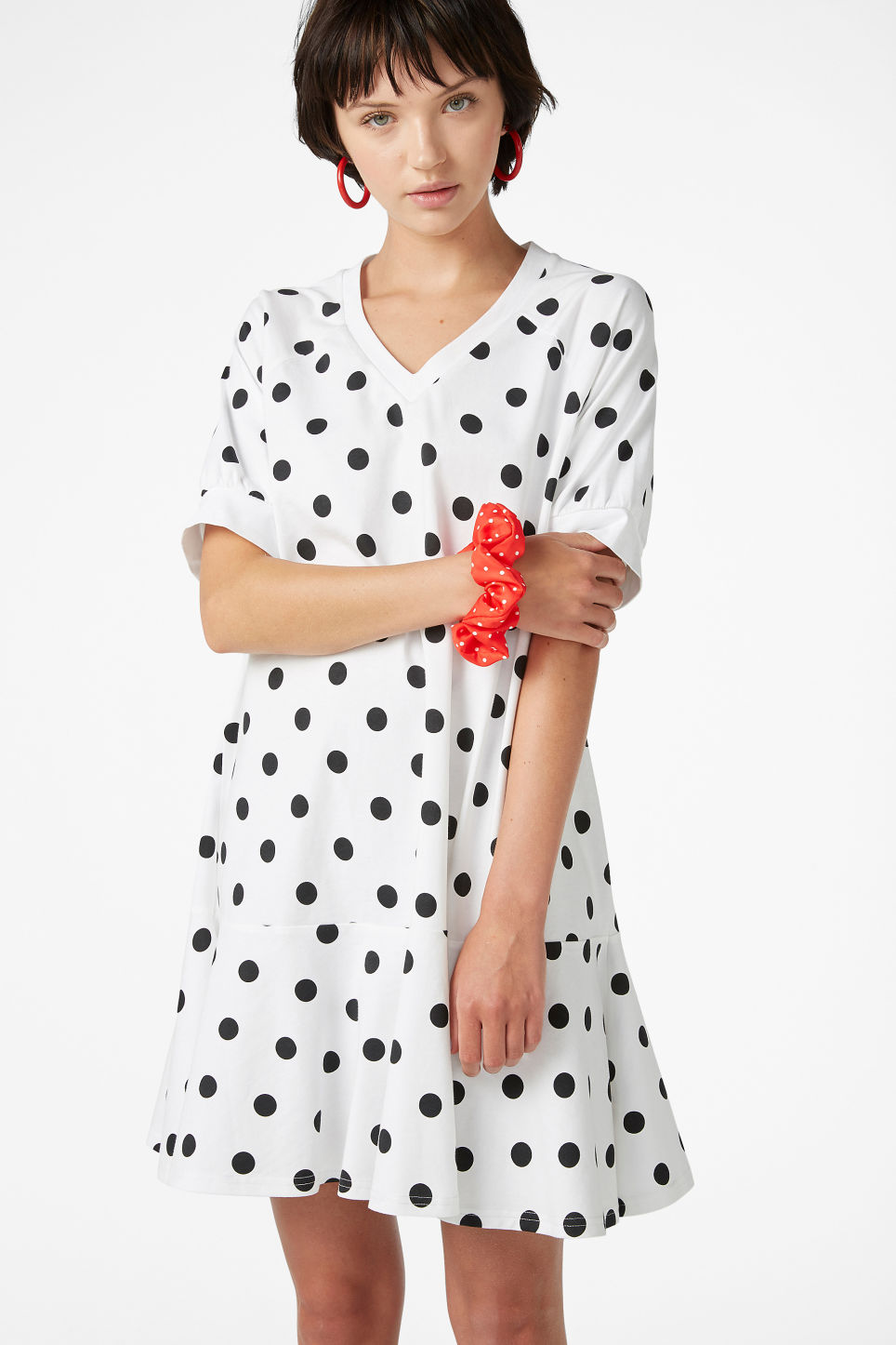 Model front image of Monki oversized raglan dress in white