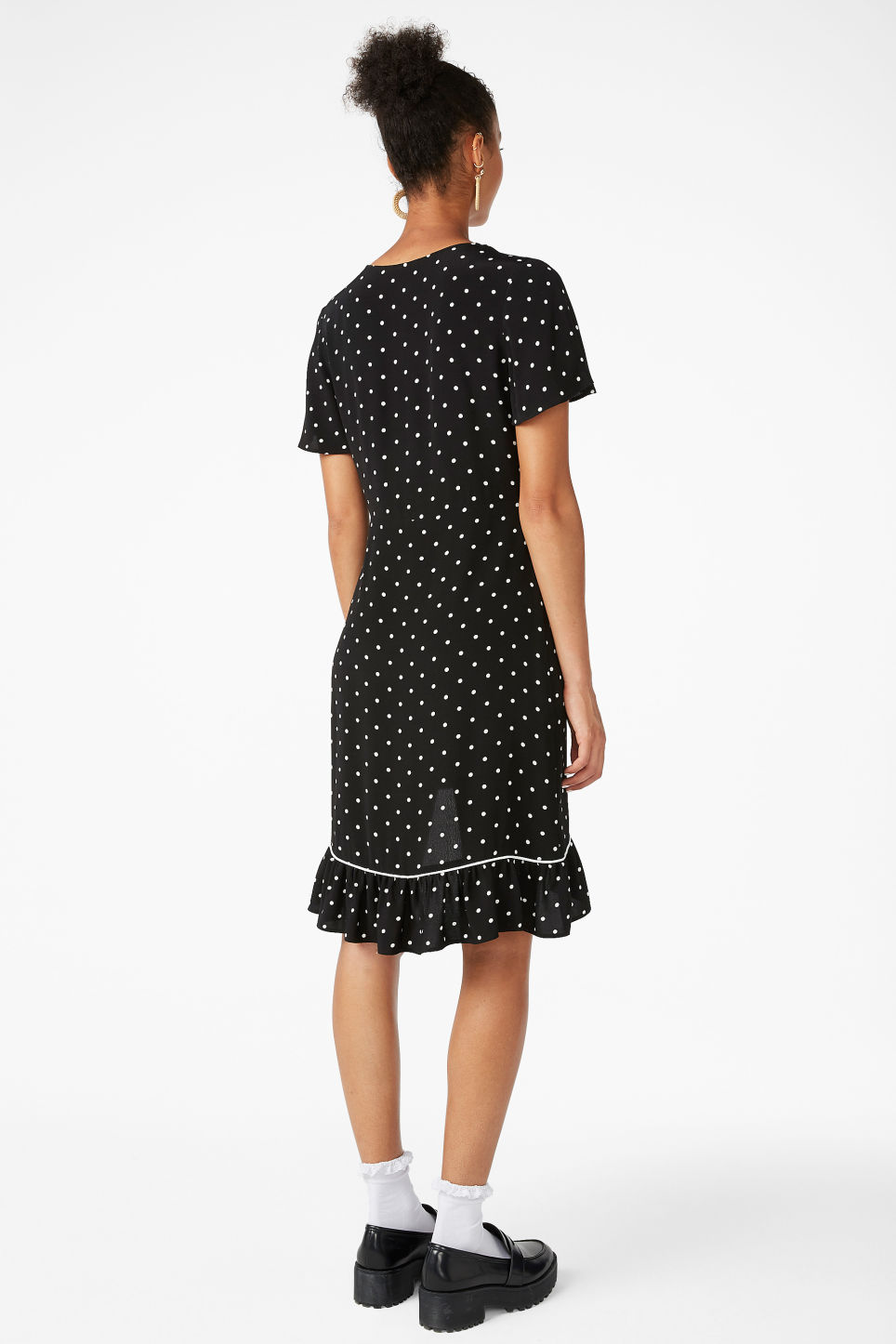 Model back image of Monki flounce and frills dress in black