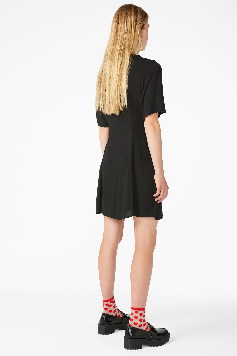 Model back image of Monki retro skater dress in black