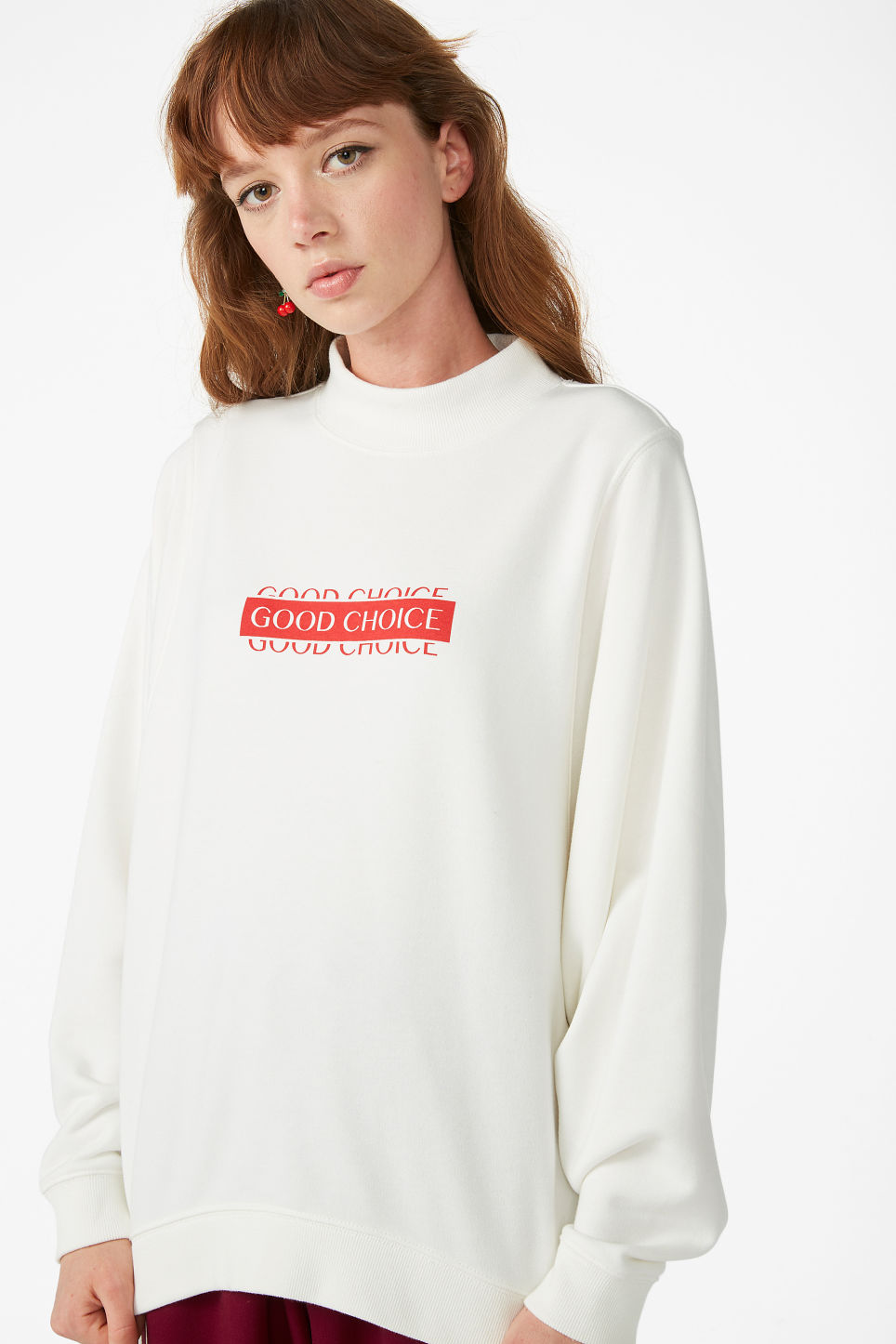 Model front image of Monki oversized sweater in white