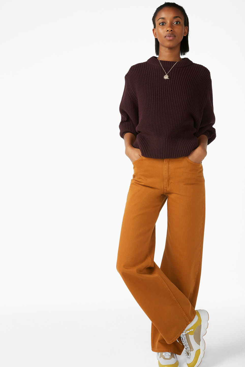 Model front image of Monki puffed sleeve sweater in brown