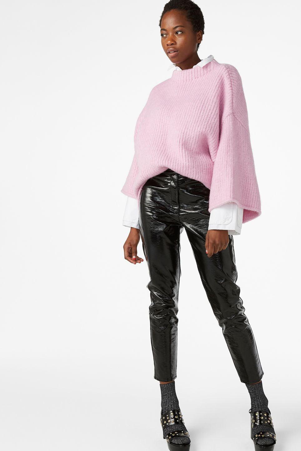 Model front image of Monki oversized knit top in pink