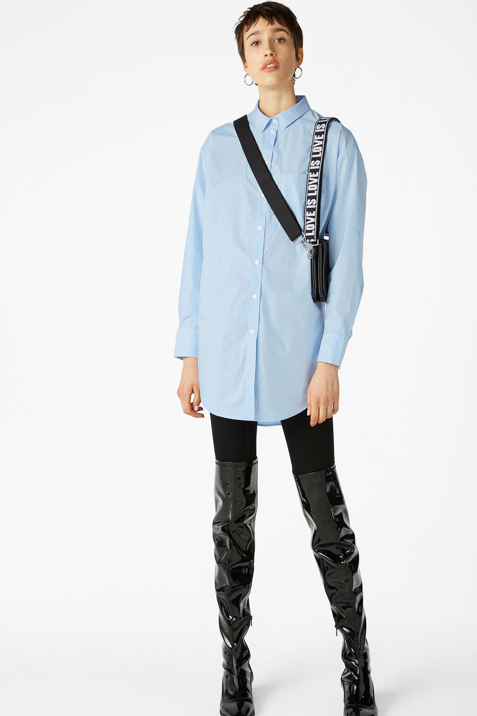 Model front image of Monki oversized classic shirt in blue