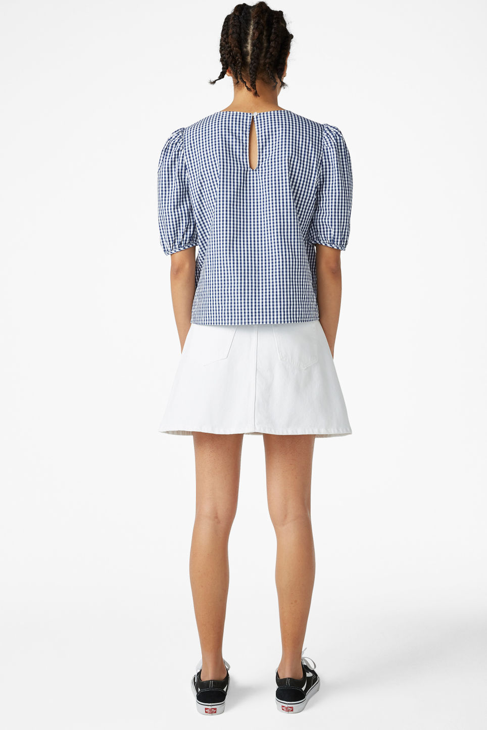 Model back image of Monki puffed sleeve blouse in blue
