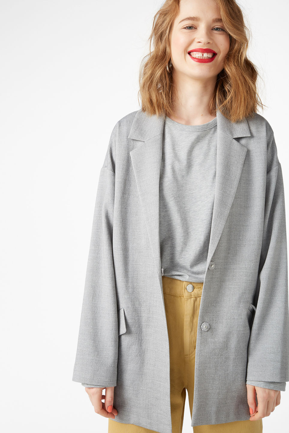 Model front image of Monki long blazer in grey